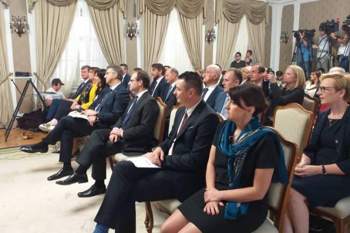 POTPISAN UGOVOR: Dječja bolnica Srebrnjak postaje klinički istraživački centar i specijalizirana poliklinika
