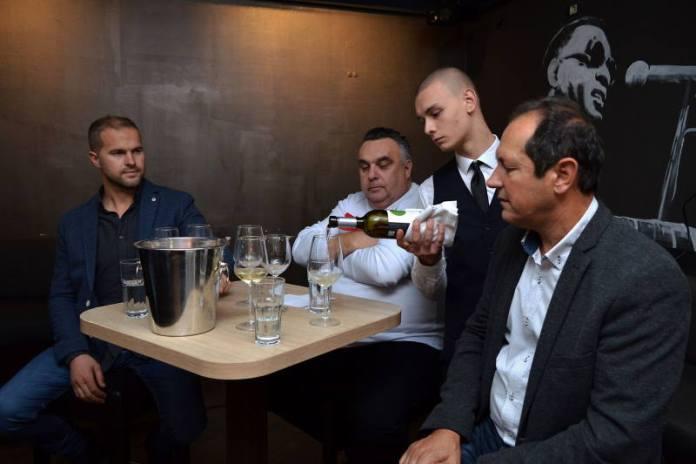 VINSKI RAZGOVORI: Vinarija Pilato predstavila nagrađena vina u Zagrebu