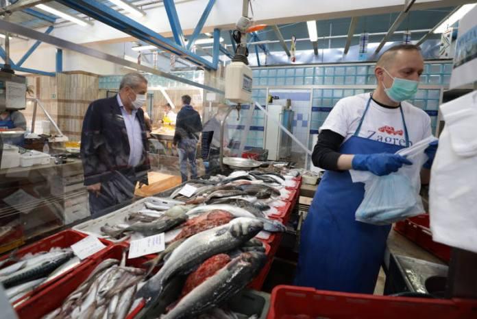 Nakon tri tjedna ponovo je otvorena ribarnica na Dolcu