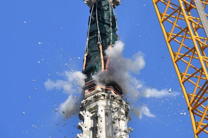 Uklonjen vrh tornja katedrale, Krstičević čestitao vojnicima koji su u tome sudjelovali [VIDEO]