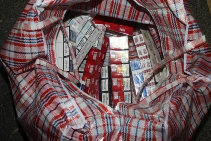 Na tržnici u Dubravi uhićen 33-godišnjak, policija utvrdila da je prodavao cigarete bez markice
