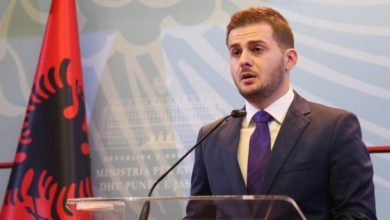 Photo of Shqipëria do të financojë blerjen e teksteve shkollore për trevat shqiptare në Serbi
