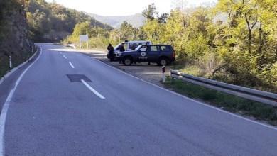 Photo of Dalin pamjet: Pjesëtarët e ROSU në pikën kufitare për ta ndaluar hyrjen e ekipit serb (VIDEO)
