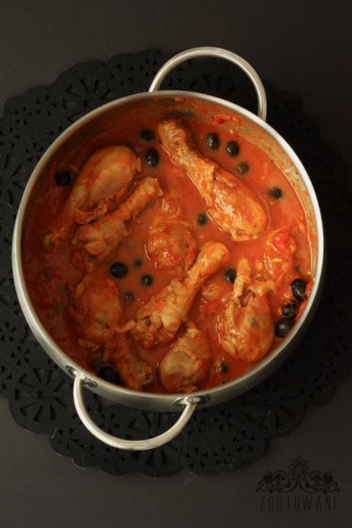 kurczak-w-sosie-pomidorowym-z-oliwkami-5