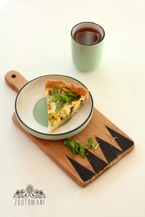 quiche-z-brokulami-i-serem-plesniowym-7