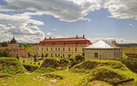 Золочівський замок2