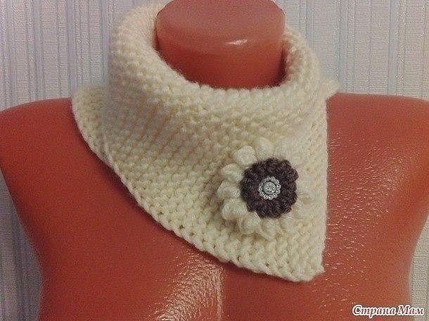 Оригинальная вещица - Манишка платочной вязкой (Вязание спицами)
