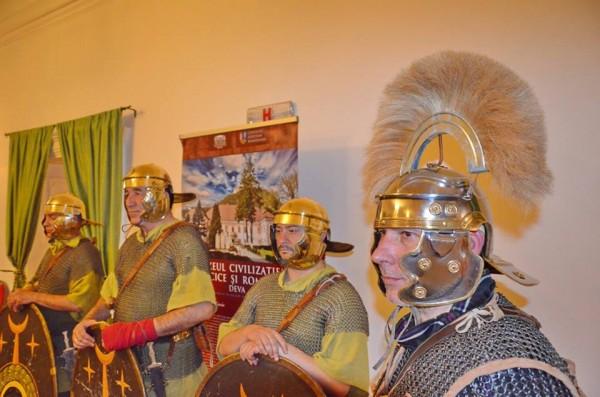 romani la muzeu
