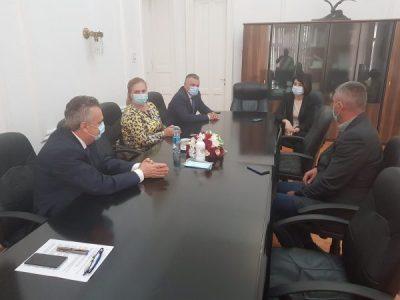 Ministrul Muncii, Violeta Alexandru s-a informat la Deva despre problemele hunedorenilor