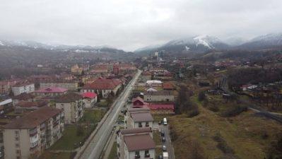 Primăria Petrila și Apa Serv Valea Jiului fac investiții comune pentru repararea drumului principal de la Lonea