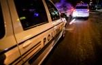 A abandonat pasagerii şi autoturismul la vederea poliţiştilor, încercând să scape cu fuga