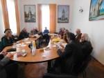 O nouă ședință de lucru a Cenaclului literar, aforismul la loc de cinste