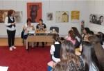 Întâlnire cu scriitoarea Passionaria Stoicescu la Tecuci
