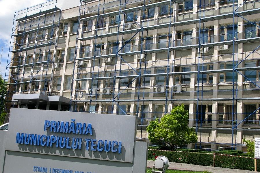 Dezmăţul administraţiei PSD începe să iasă la suprafaţă. Servicii de telefonie de aproape 350.000 euro