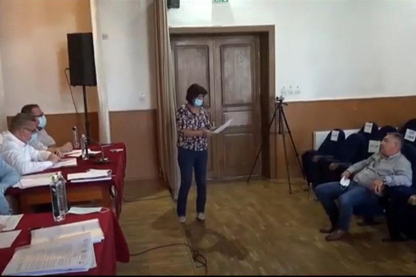 Administraţie performantă la Tecuci: Mitică Hulea numit cu japca în Consiliul local. Se pare că are domiciliul în altă localitate