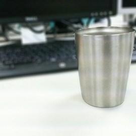 おすすめのグラス「保冷温マジックグラス マット仕上げ 真空グラス ITD-250(MT)」