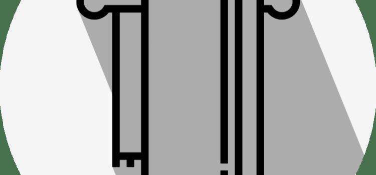 突っ張り棒の活用方法。お風呂場の入り口に設置すると意外に便利。