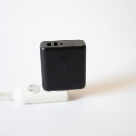 充電器とモバイルバッテリーが一体型になるとかなり便利