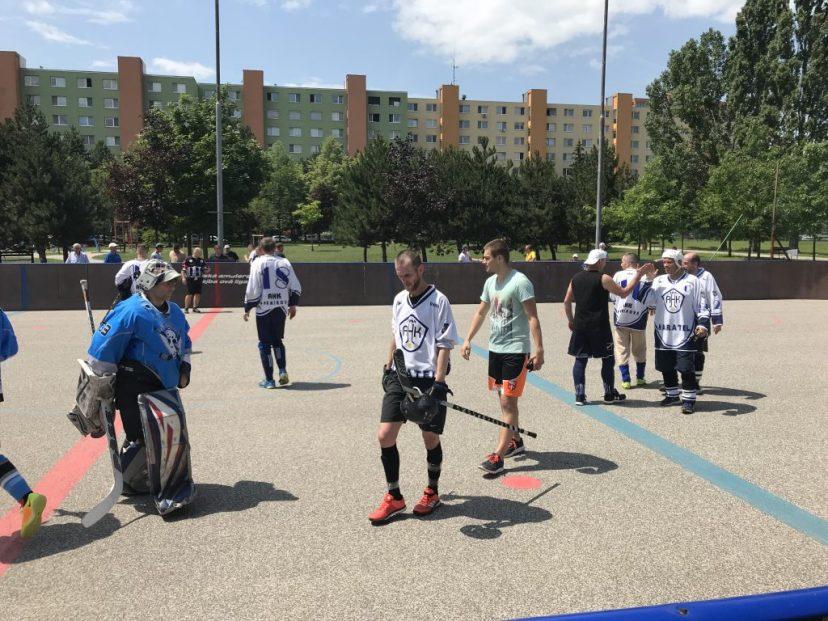 Hokejbal Ziegelfeld : AHK Pekníková 2. Semifinále BHBL