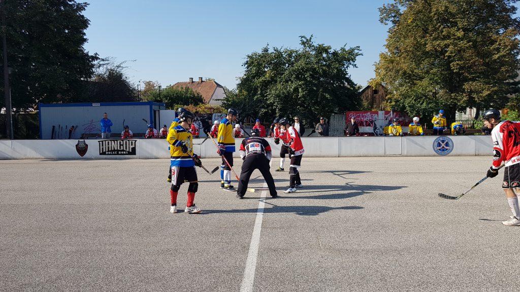 Hokejbalový zápas Hancop Dolné hony vs Slávia Právnik