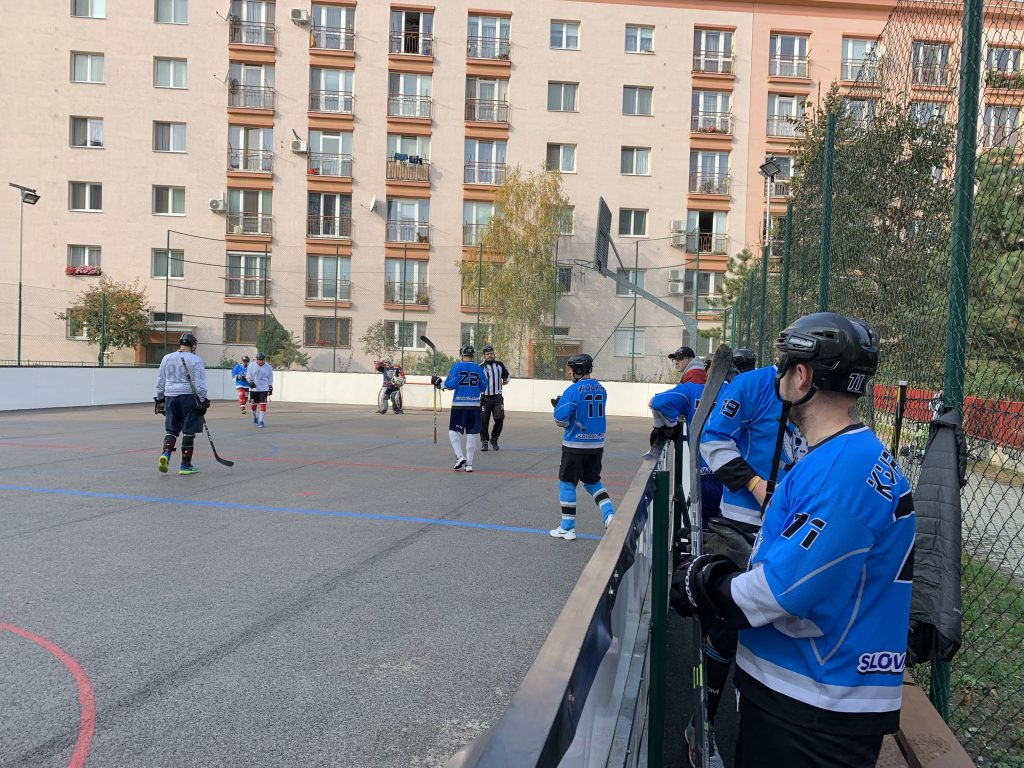 Hokejbalový zápas BHBL : Ziegelfeld vs Black Diamonds
