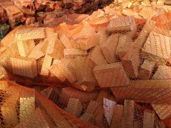 buk-d%C4%85b-2 Drewno opałowe w workach.