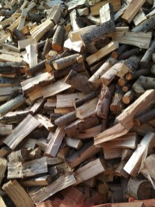li%C5%9Bciaste-3 Drewno opałowe w workach.