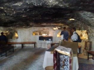 A tu już drugie pole pasterzy, należące do kościoła rzymskiego, pod opieką OO. Franciszkanów.