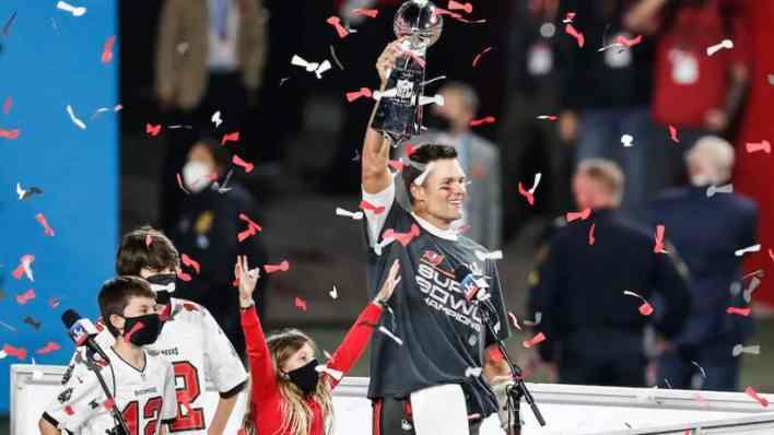 Tom Brady Wins His 7Th Super Bowl And 5Th Super Bowl Mvp