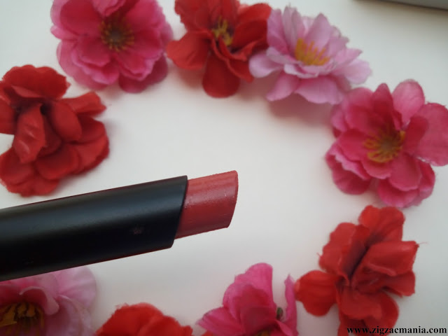 Nykaa Paintstix Peaches n Cream (04) Review & Swatches