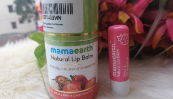 Mamaearth Natural Lip Balm (Shea butter & Strawberry)| Review