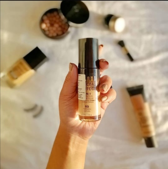 Milani Conceal and Perfect 2 in 1 Foundation (02 Natural)