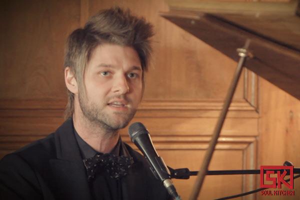 Pierre Lapointe en concert privé à la Délégation Générale du Québec à Paris