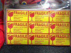 sticker fragile,
