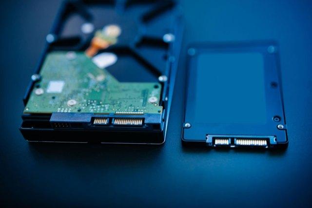 HDD-SSD-memilih-komponen-pc-zilbest