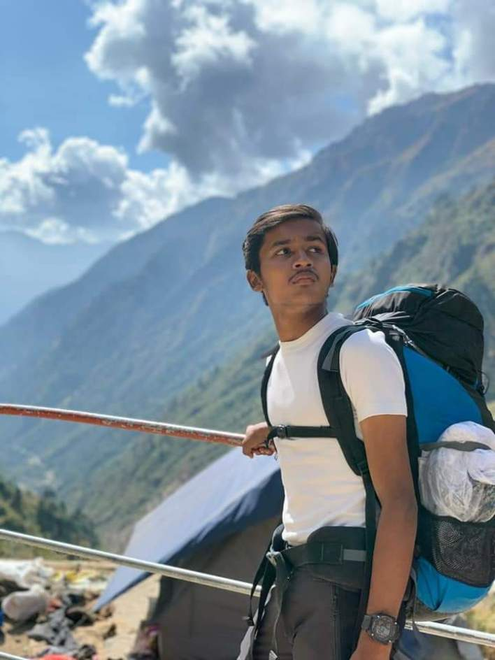 One of my difficult trek-kedarnath Also,, I carried 18kg of this luggage with this trek and also it was my 1st trek to be  It was no wonder how tough it was to be, but yeah there was a power who helped me up