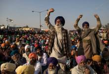 Farmers shout slogans as they participate in a protest at the Delhi Singhu border in Delhi, India on Dec. 18, 2020. Anindito Mukherjee—Getty Images