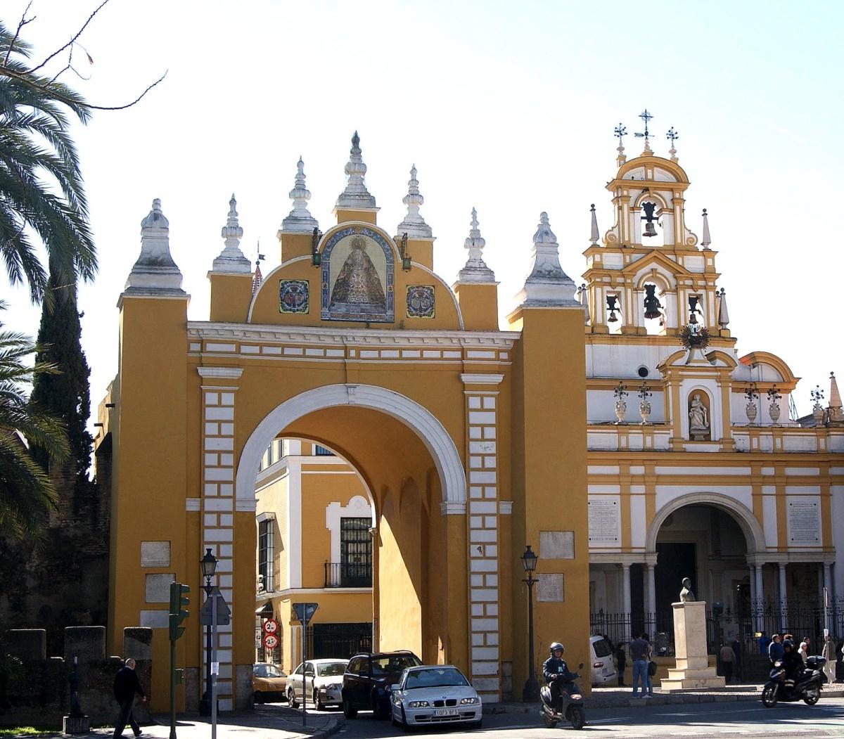 Basílica o Macarena Sevilha
