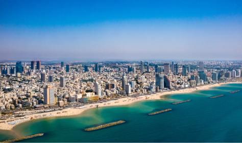 """תיירות ת""""א יפו חוף ים התיכון עמוס במלונות סוויטות יוקרתיות וגם חדרי אירוח זולים"""
