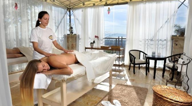 מתחם צימרים בצפון עם טיפולי ספא במתחם ספא על גג המלון