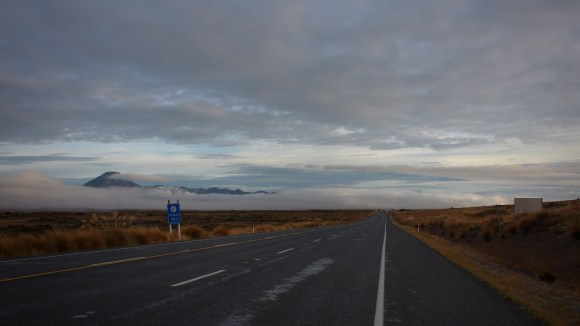Early morning on the Desert Road, Central Plateau, NZ. Image: Su Leslie, 2017