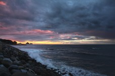 Sunset, New Plymouth. Image: Su Leslie, 2017