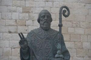 Statute of St Nicholas, Bari