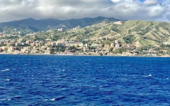 Touring Southern Italy - Crossing the Boot into the Ball