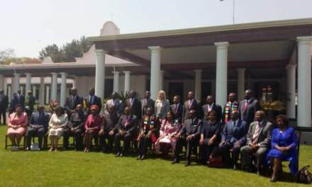 Mnangagwa under pressure to fire incompetent ministers