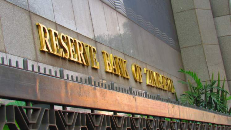 Mangudya considering devaluing Zimbabwe bond notes