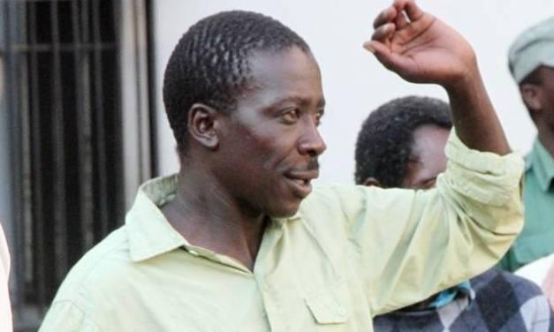'Looter'cops in court…Policemen keep goods stolen in protests
