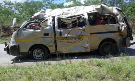 BREAKING NEWS: Four die in kombi accident