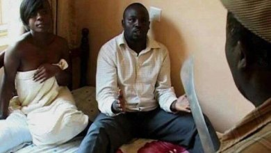 Photo of Disaster as jealous man stabs rival to death after catching him red handed in his lover's bedroom