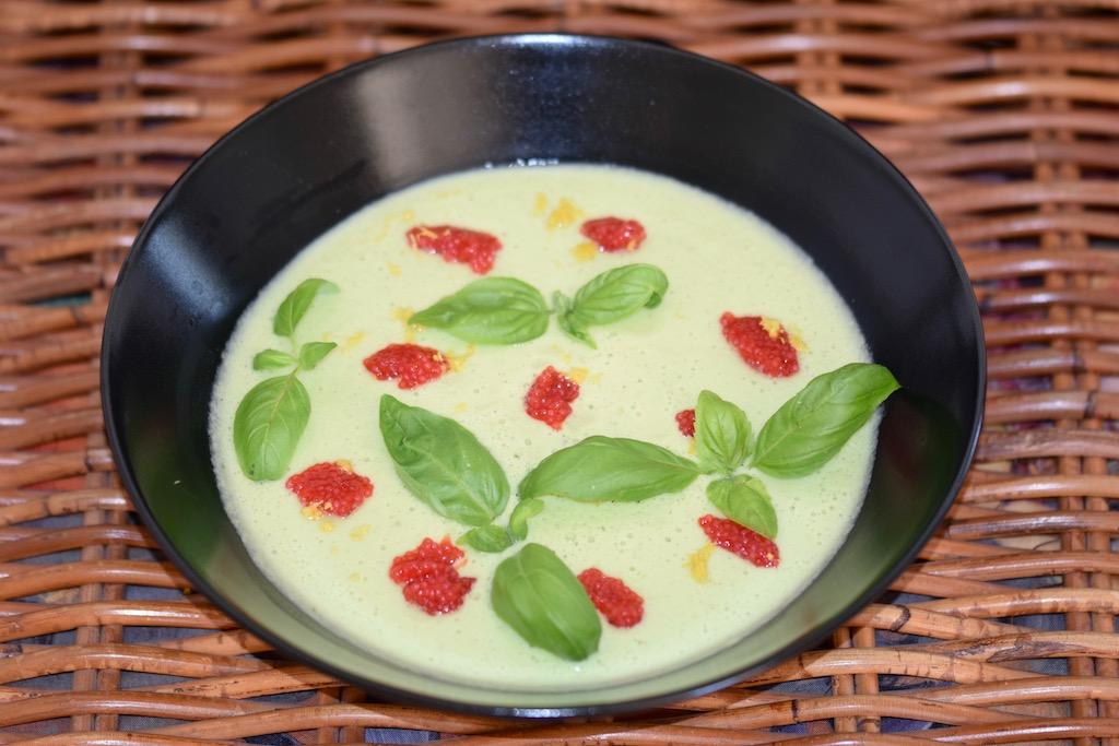 Rezepte: Suppen & Eintöpfe: Avocado-Gurken-Kaltschale